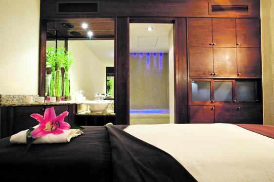 1.Spa Treatment room - The Club Hotel & Spal - Copy (2) - Copy - Copy