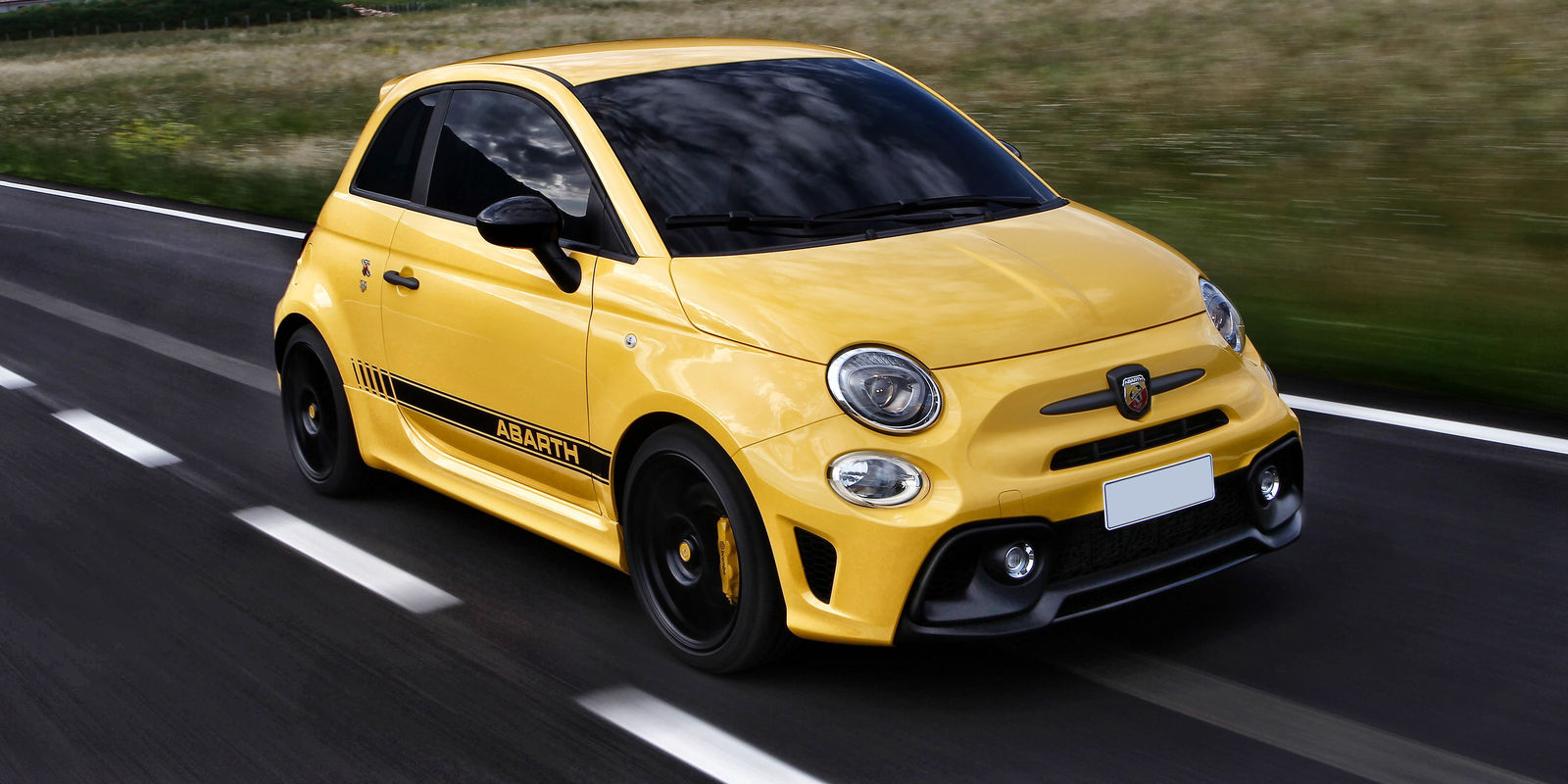 uk prices announced for new abarth 595 trofeo. Black Bedroom Furniture Sets. Home Design Ideas
