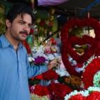 170213211634-01-pakistan-valentine-day-still-exlarge-169