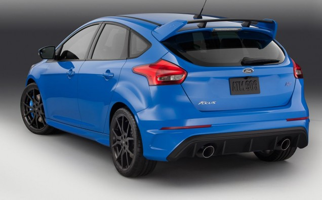 2016_Ford_Focus_RS_IMG_9245_off_v1-26-1200-800-80