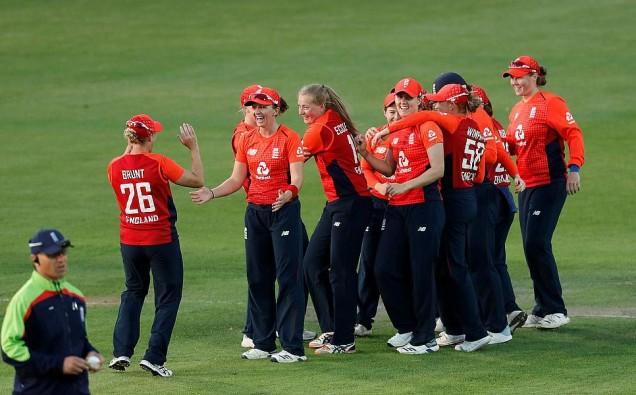 2019-07-31t192944z_1068718529_rc196aa7b2a0_rtrmadp_3_cricket-ashes-eng-aus-women