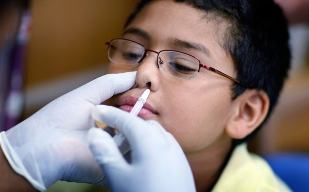 A nasal flu vaccine being used in the US. But what is the evidence for its effectiveness?