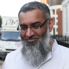 Anjem Choudary shunned by imams image