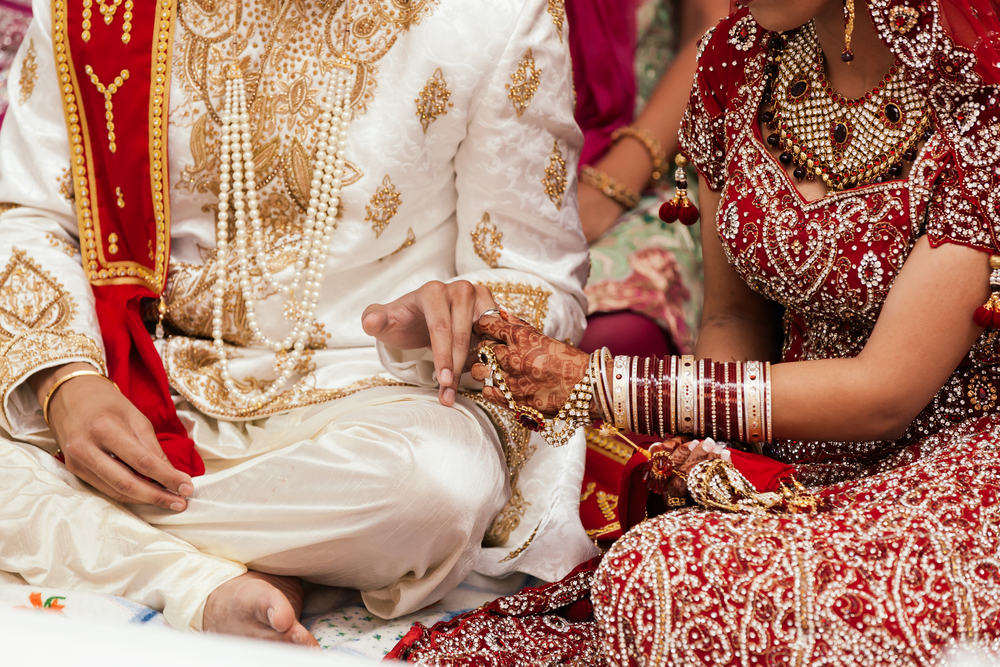 Wedding Gift For Bride And Groom Online India : Asian-bride-and-groom-10k-wedding.jpg
