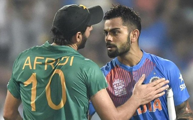 Indian cricketers hit back at Shahid Afridi over Kashmir tweets image