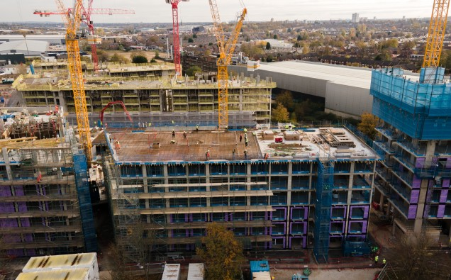 Lendlease_Topping_Out