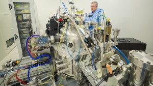 Peter Cloetens on beamline