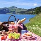 Picnic-at-the-Lake