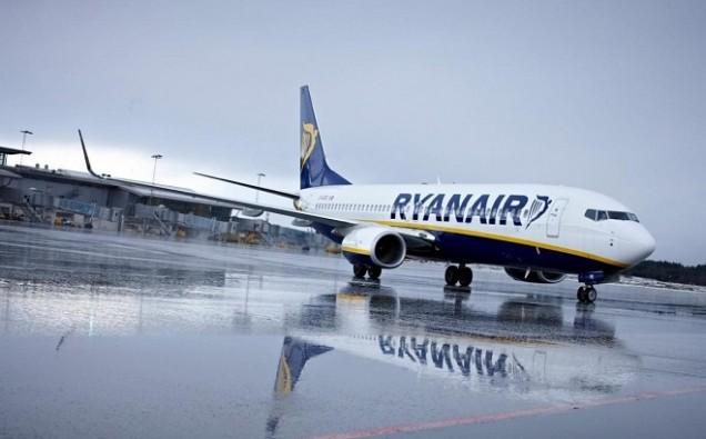 Ryanair-aircraft-NS-700x409