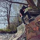 SkaterDoingAWallie