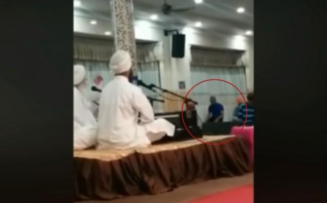 Video of Muslim man praying inside Gurdwara goes viral image 2