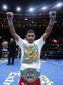 Amir Khan v Chris Algieri