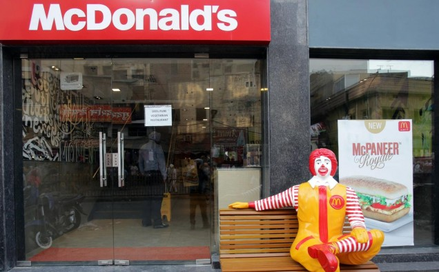 ct-mcdonalds-india-franchises-20170822-001