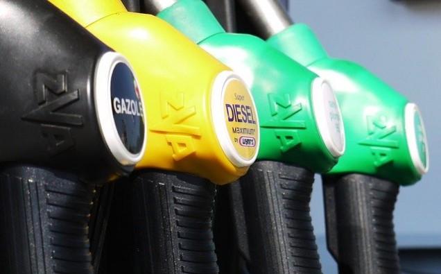 gasoline-175122_640