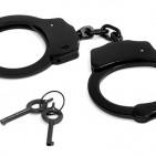 handcuffs-2202224__340 (1)