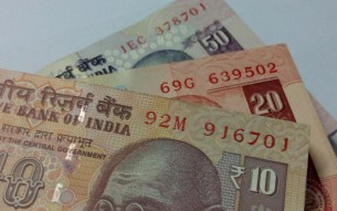 indian-rupees-518045_1920