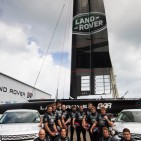 land rover boat race
