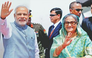 prime_minister_sheikh_hasina_welcoming_indian_prime_minister_narendra_modi_to_bangladesh