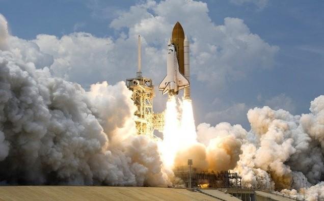 rocket-launch-67643_640