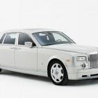 rolls_royce_phantom_white_exterior